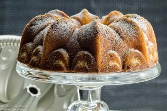 la-crisis-de-los-cuarenta-recetas-para-chuparse-los-dedos-bundt-cake-mascarpone-arandanos