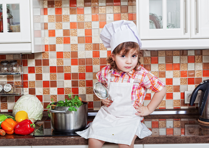 10 razones para meter a los peques en la cocina